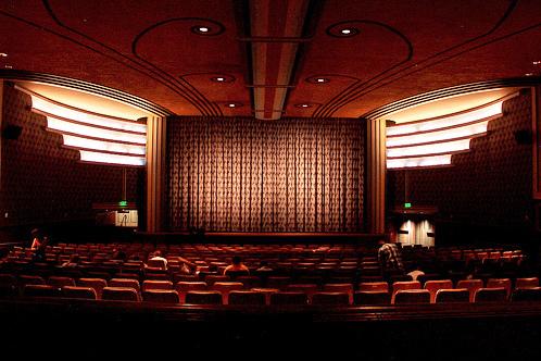Sekolah Film Top di Seluruh Dunia